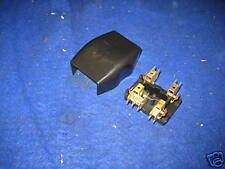 MG  MGB  MGC ROADSTER OR GT LUCAS 4 FUSE FUSE BOX AND LID   37H 4727  G2A Bive.